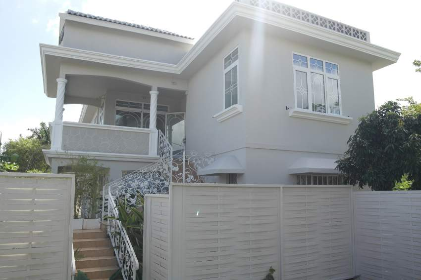 Moka villa for sale villa completely renovated and divided into 2 apar