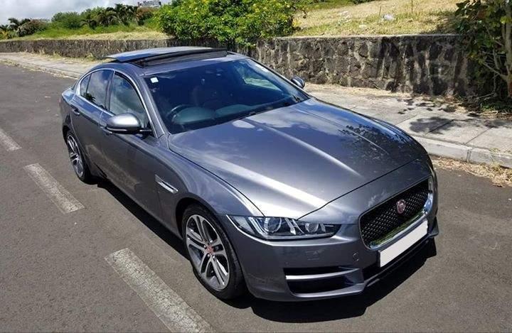 2017 Jaguar XE 25t Portfolio