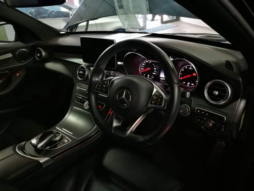 2014 Mercedes-Benz C 180 - Luxury Cars at AsterVender