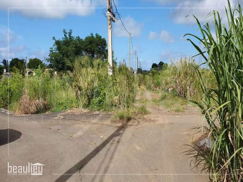 Two residential lands of 7 perches each are for sale in Bel Air, Flacq - Land at AsterVender