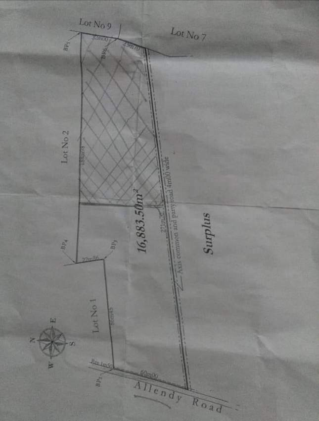 Agricultural plot for sale in Laventure Rs 875,000/arpent.