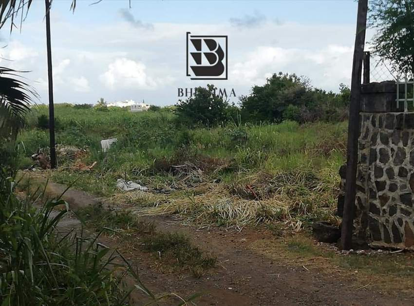 7 perches for sale in Grand Gaube @ Rs 600,000 - Land at AsterVender