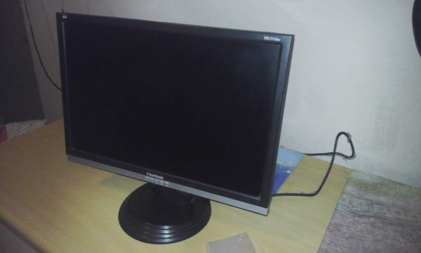 View sonic LCD monitor