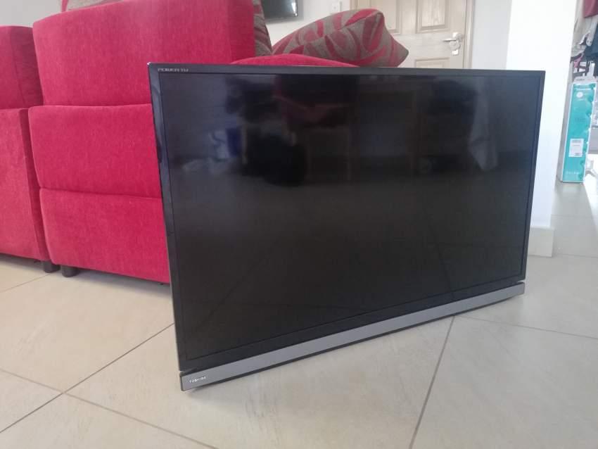 TV LED_TOSHIBA_39 POUCES