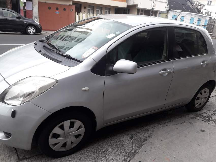 toyota vitz 06 - Compact cars at AsterVender