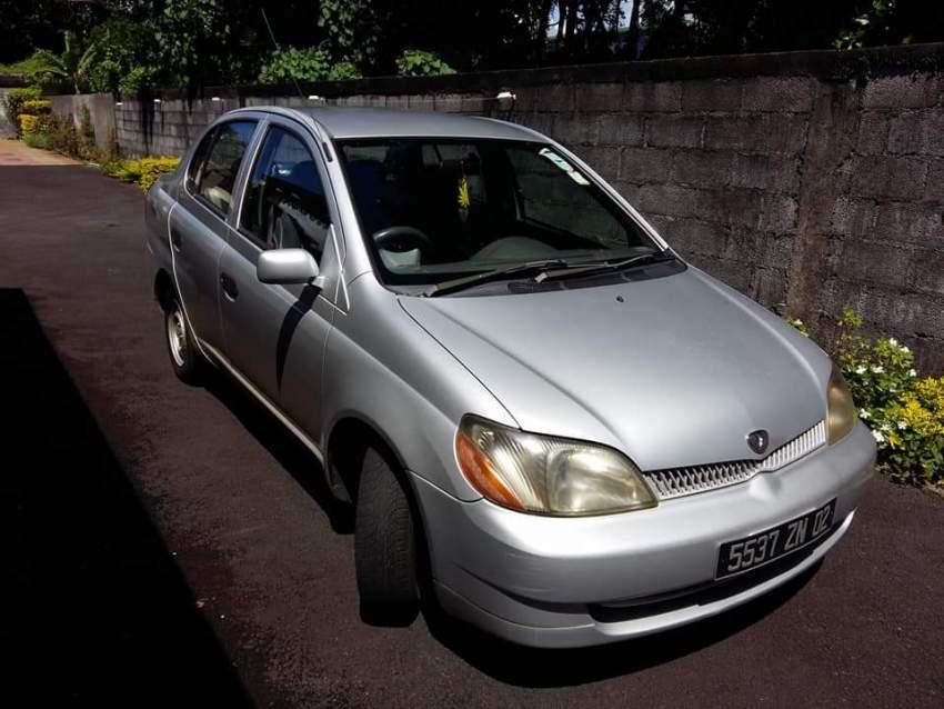 Toyota Platz a vendre