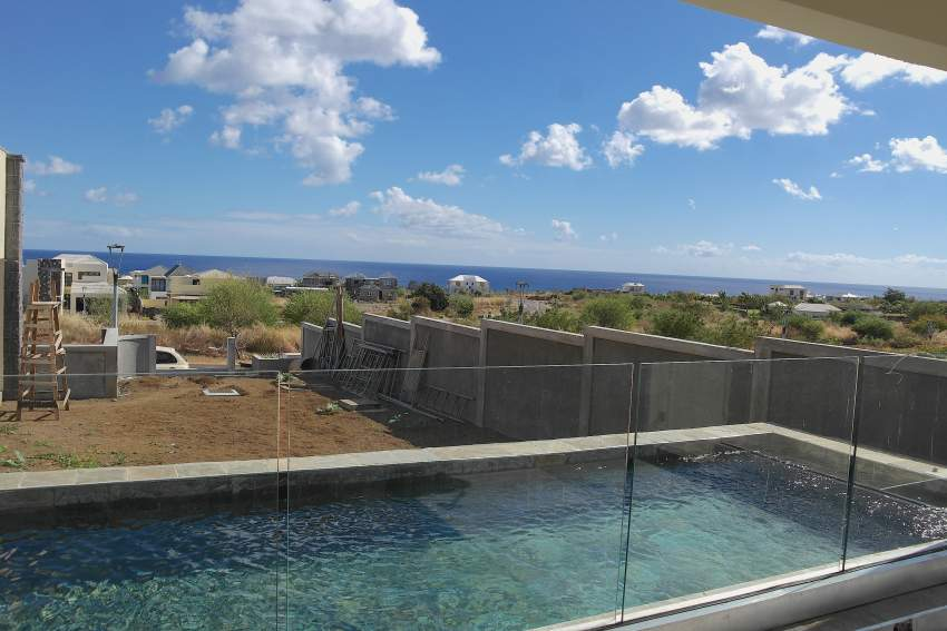 Flic en Flac for rent  new villa with swimming pool and seaview