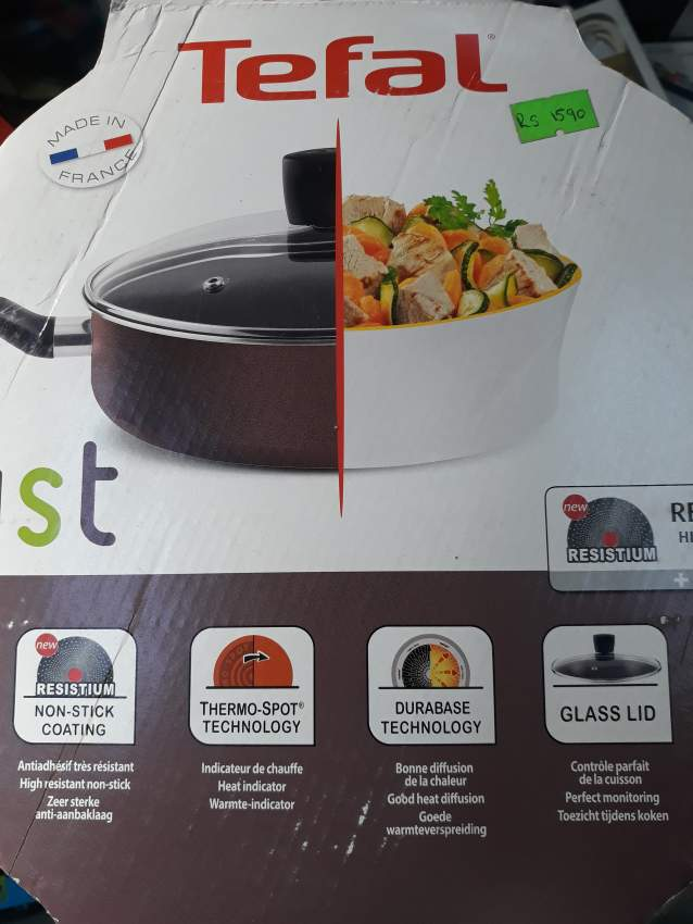 Tefal Saute pan with lid