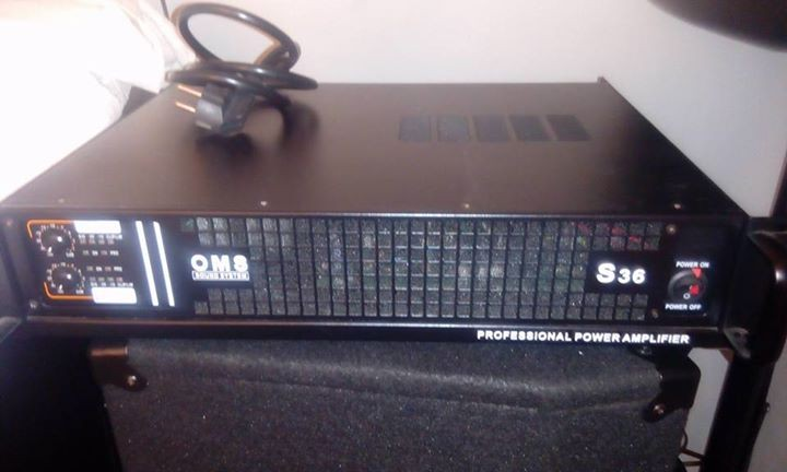 Professional power amplifier - Other Musical Equipment at AsterVender