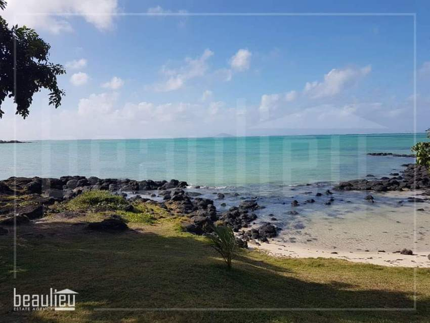 Residential land of 8.5 perches is for sale in St Francois