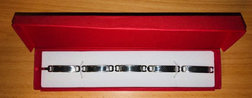 Mens Carbon Fiber Stainless Steel Bracelet