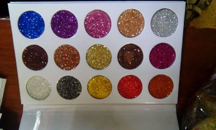 Glitter eyeshadow - Eye shadow at AsterVender
