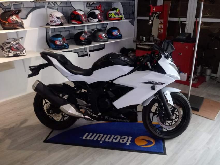 Kawasaki ninja SL 250