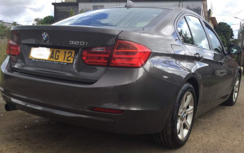 BMW 320i for sale - Luxury Cars at AsterVender