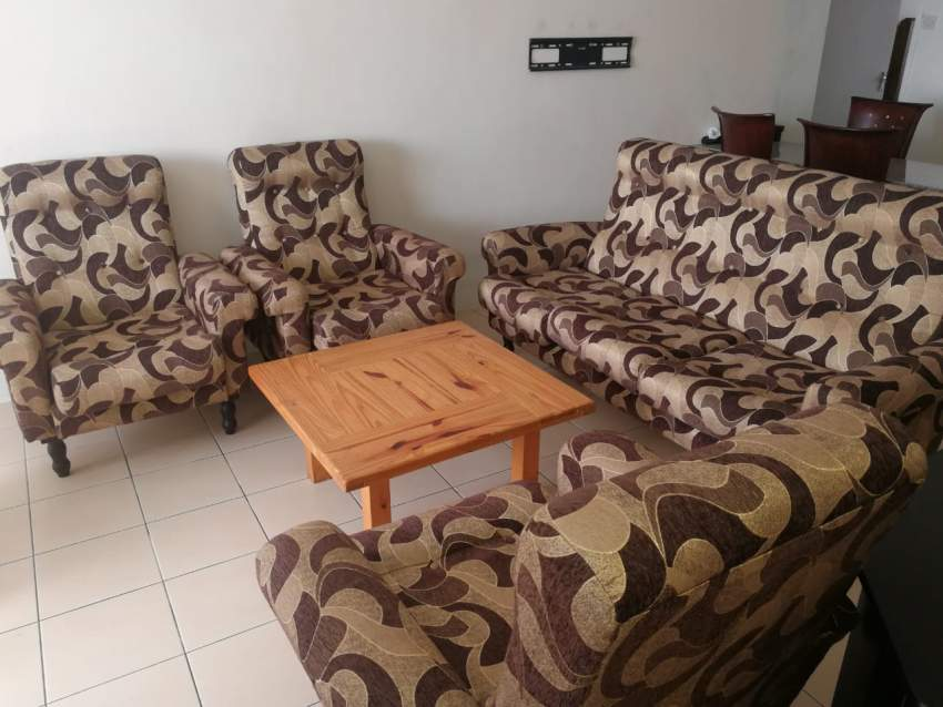 Sofa set 3+1+1+1