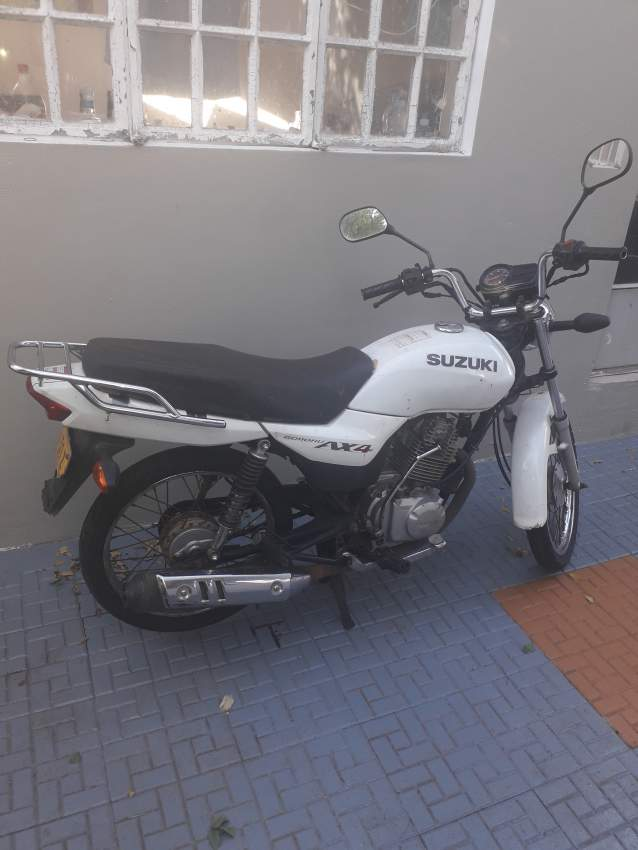 Suzuki AX4 Série Z Motocycle for sale