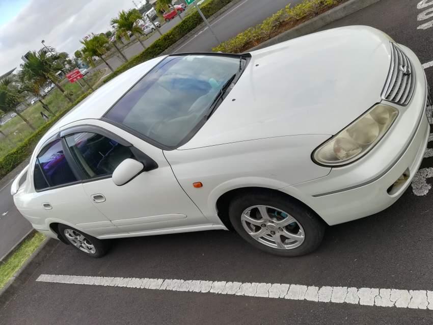 Nissan n17