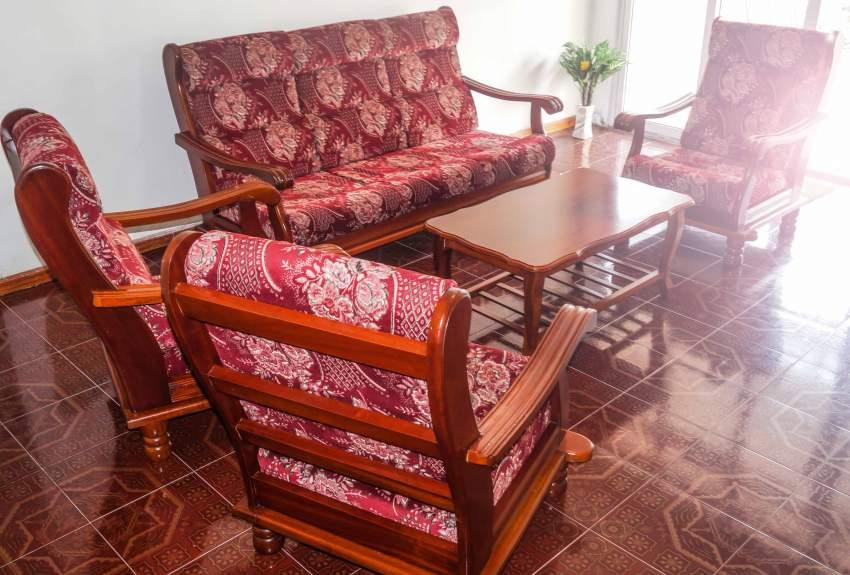 SOFA SET - 6 SEATS & COFFEE TABLE ( SAPELE WOOD )