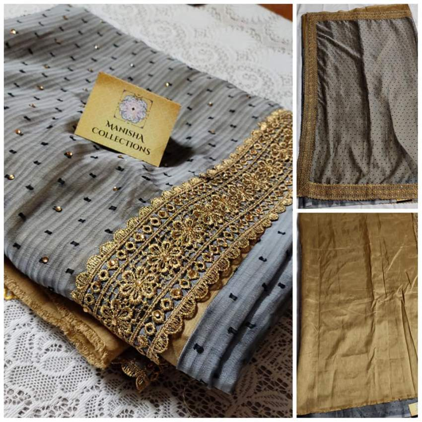 Designer saree with contrasting blouse(Grey/Gold)