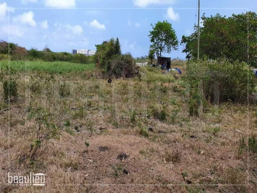 Residential land of 7 perches is for sale in Sottise,Vale