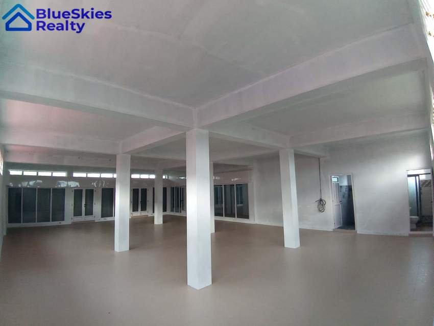 Commercial Building/Appartments Calodyne - Office Space at AsterVender