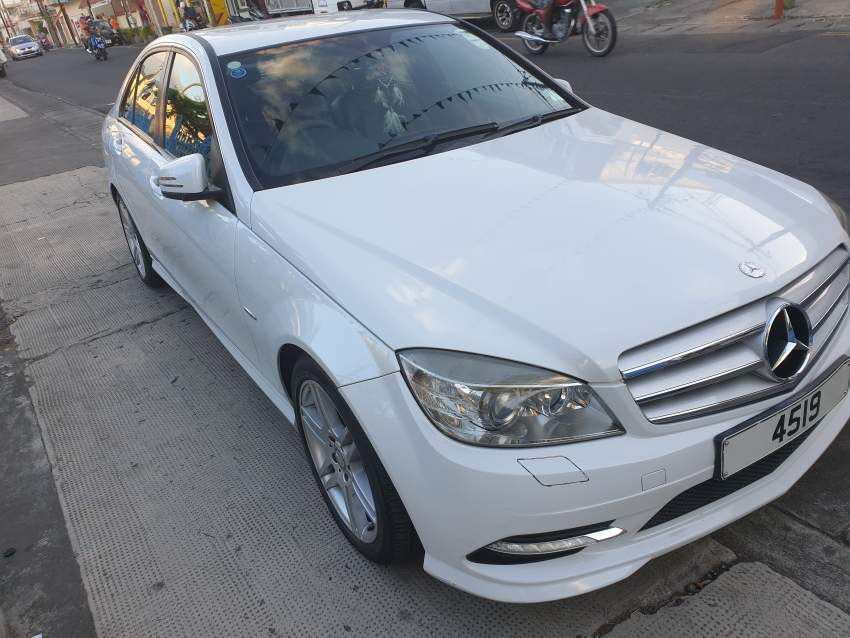 Mercedes Benz c180 AMG KOMPRESSOR - Luxury Cars at AsterVender