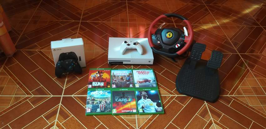 Xbox one 1 TB +6 GAMES+2 CONTROLLERS + 1 GAMING WHEEL - All electronics products at AsterVender