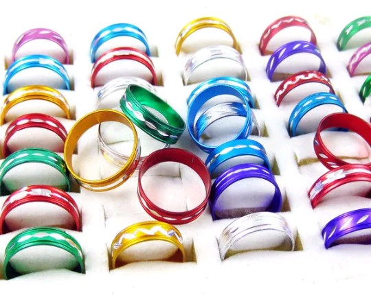 Bracelets for wholesale only - 4 pu Rs10!!! by Keshav at AsterVender
