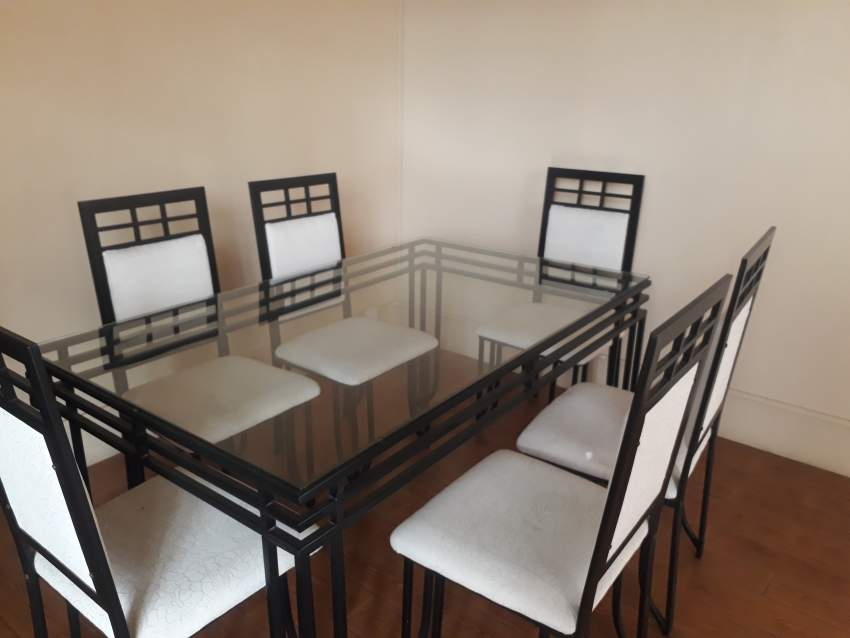 Set table et six chaises - Table & chair sets at AsterVender