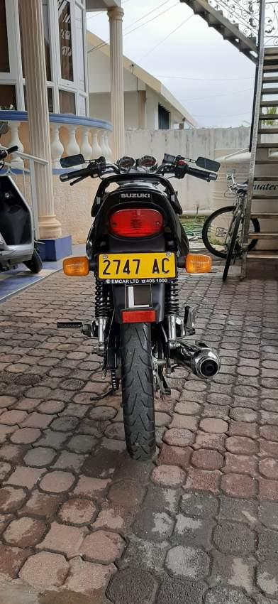 Suzuki EN-125 (AC)