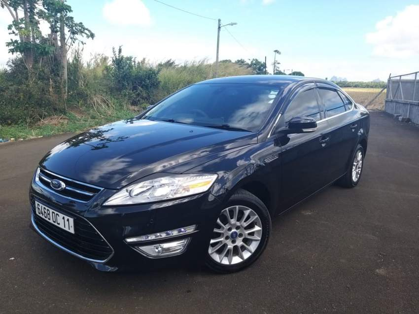 Ford Mondeo 2011 - Family Cars at AsterVender
