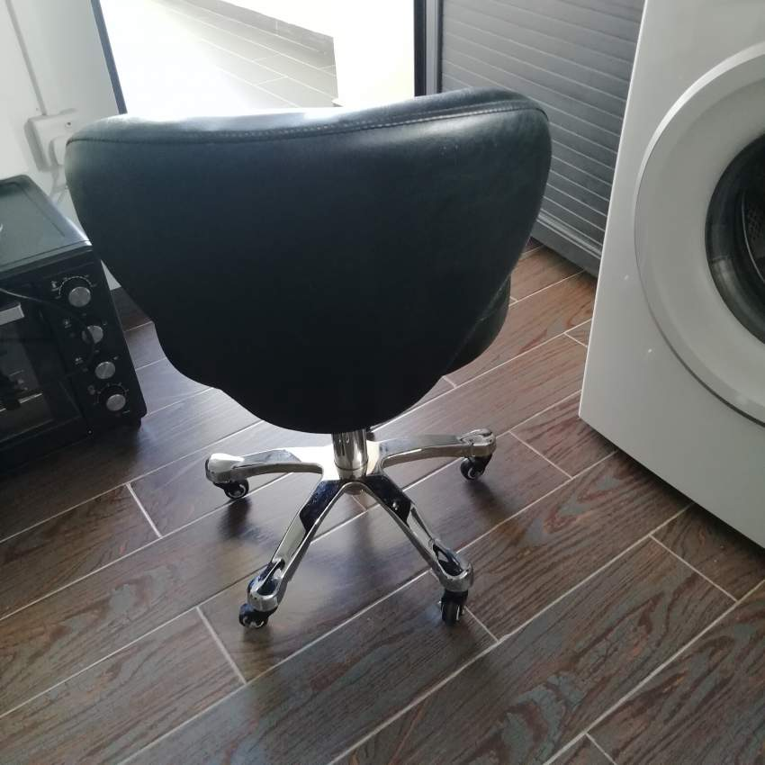 Swivel typist chair - Desk chairs at AsterVender