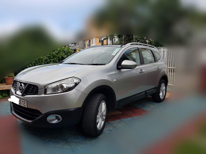 Nissan Qashqai +2 - SUV Cars on Aster Vender