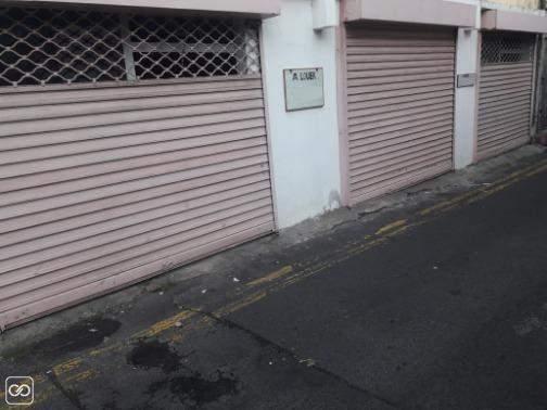 1 EMPLACEMENT COMMERCIAL - 23M² A louer Port-Louis