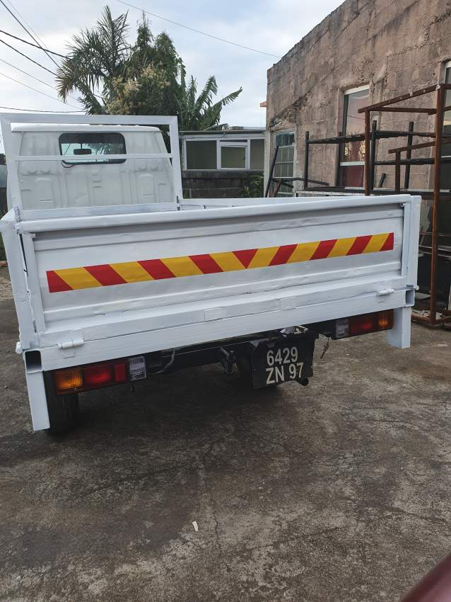 Toyota Dyna - Small trucks (Camionette) at AsterVender