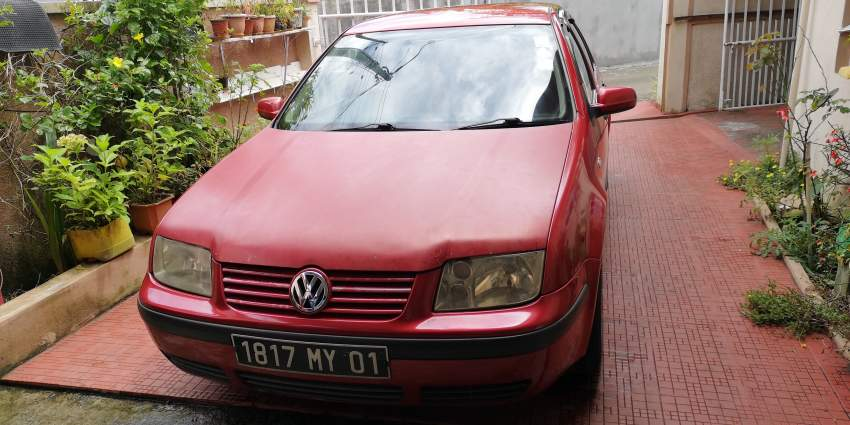 Volkswagen Bora Yr 01