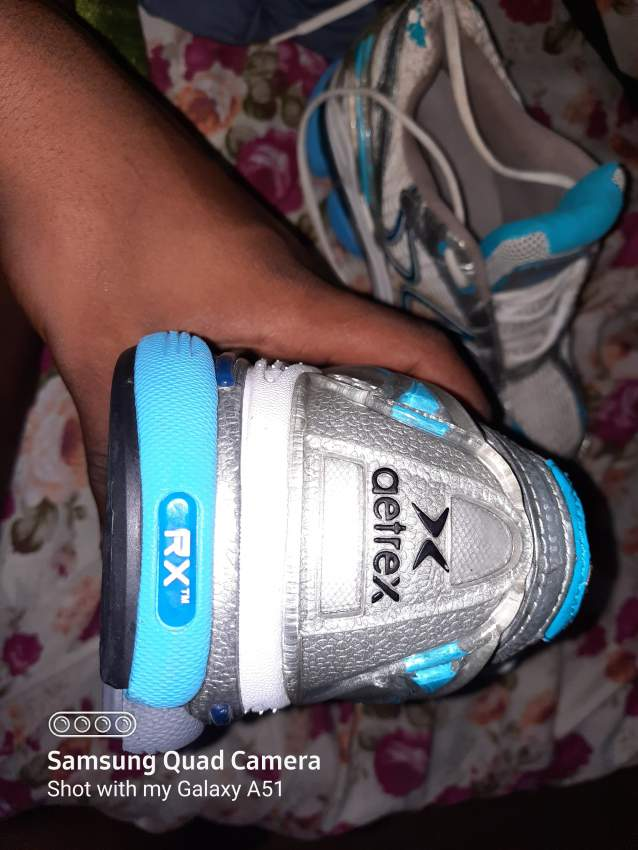Shoes sport aetrex