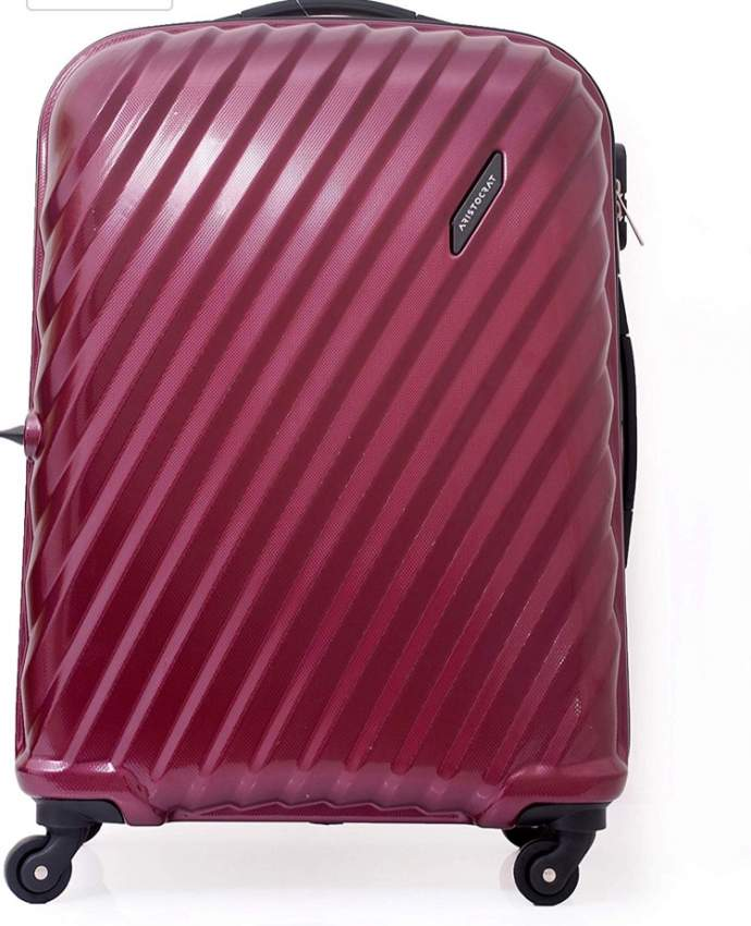Set of 3 travel suitcases